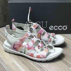 NWT ECCO Jab Toggle Sandal White Floral Leather
